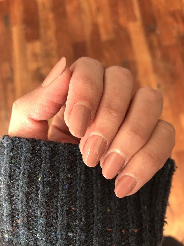 Golden Nail Salon