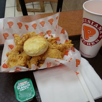 Popeyes Louisiana Kitchen Food popeyes louisiana kitchen - 15 photos & 24 reviews - fast food