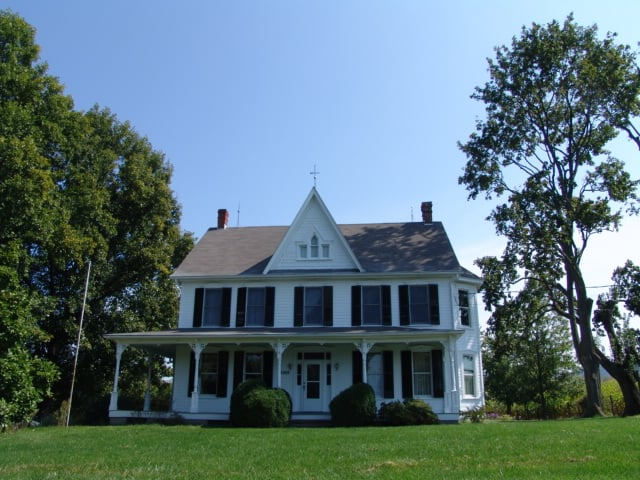 Town and Country Painting & Construction: 19630 Cool Hollow Rd, Hagerstown, MD