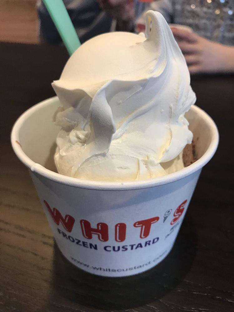 Whit's Frozen Custard: 2026 Harris Pike, Independence, KY