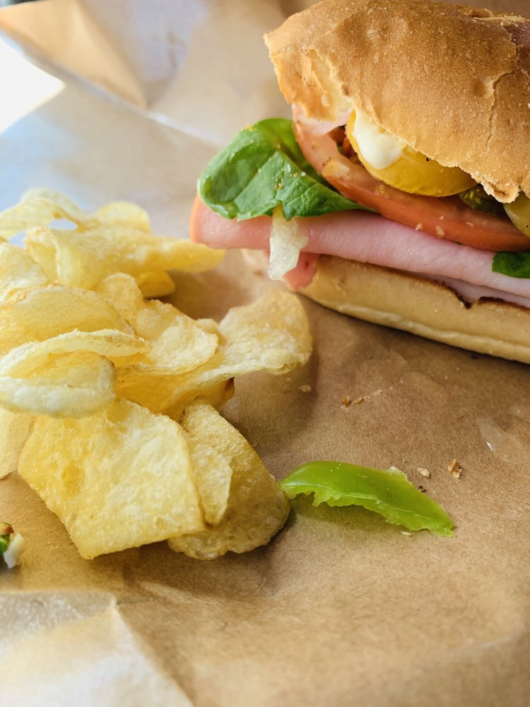 Granzin's Meat Market: 393 Airport Rd, Pleasanton, TX