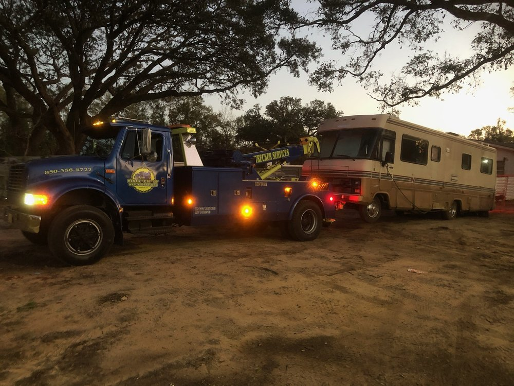 Towing business in Warrington, FL