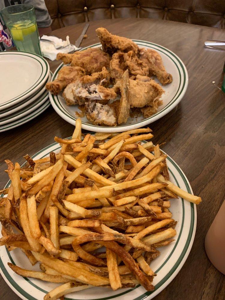 Larry's Spring Chicken Inn: 4 N State, Morgan, UT