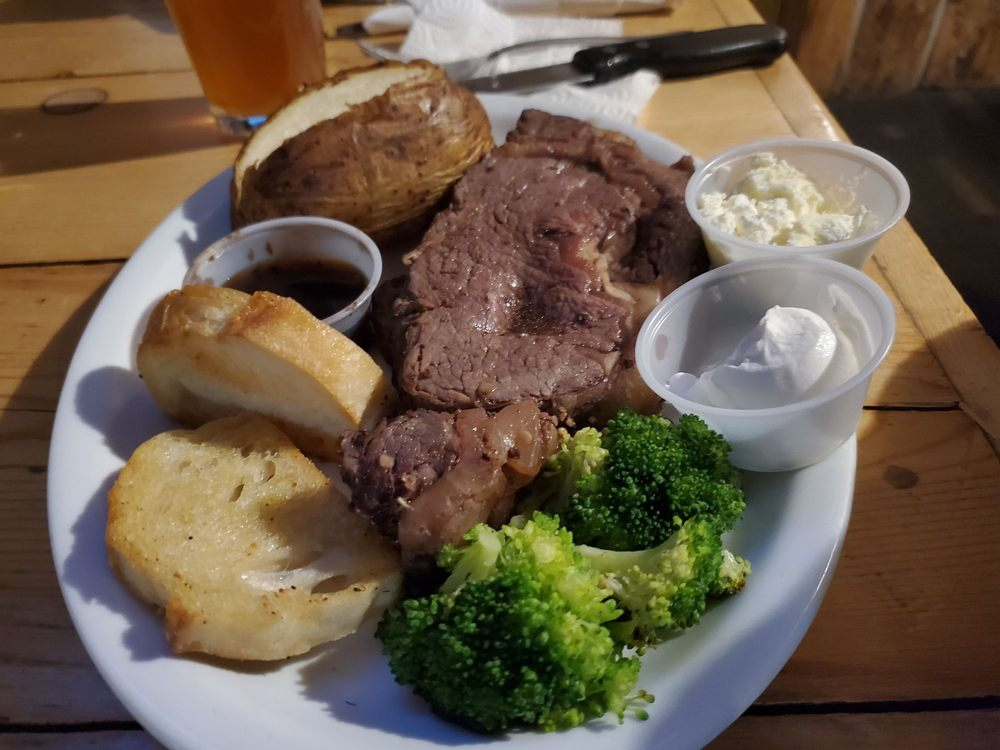 Bridge Street Grill: Lower Stanley, ID
