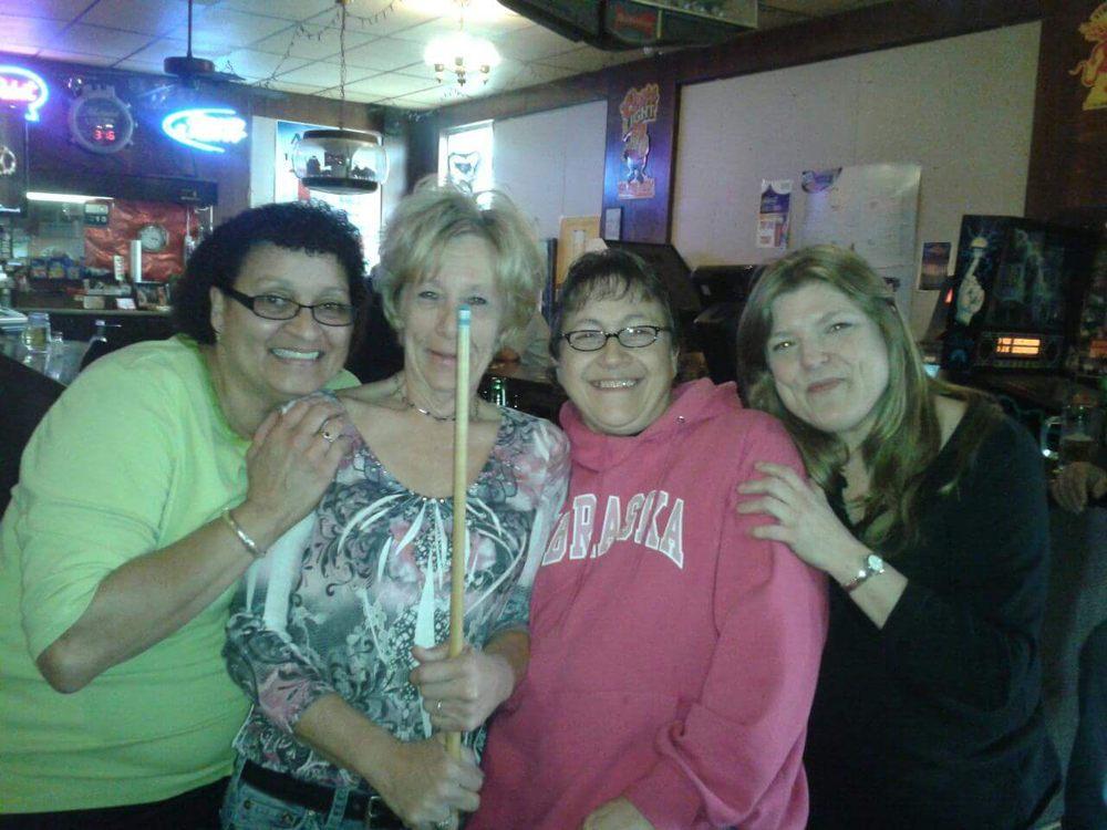 Olive Saloon: 423 W 3rd St, Hastings, NE