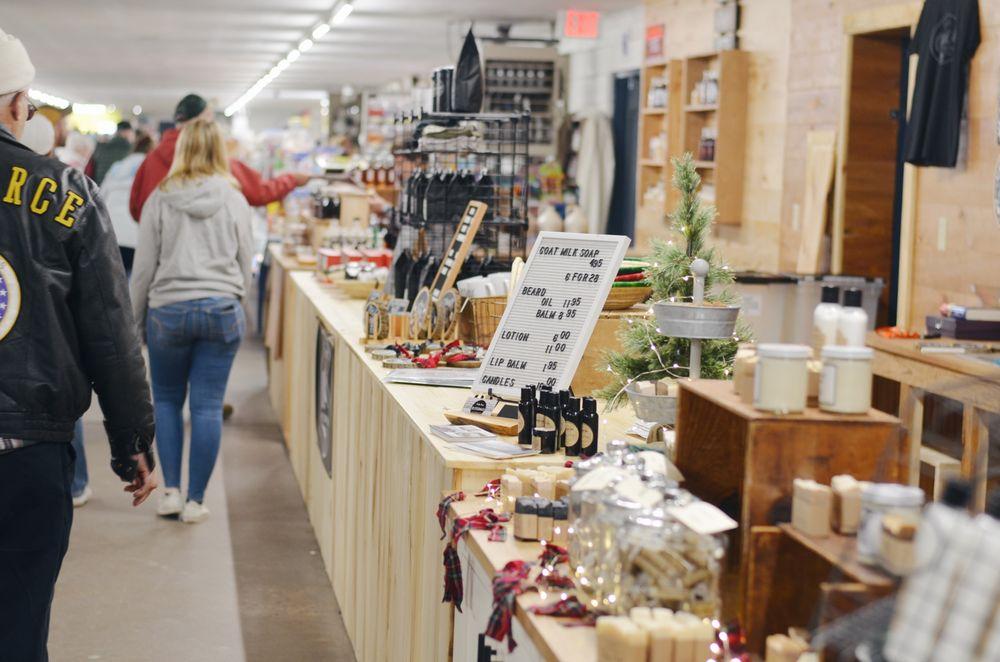 Lewisburg Farmers Market: 600 Fairground Rd, Lewisburg, PA