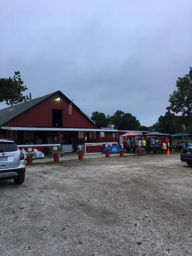 Paskamansett Farms: 742 Tucker Rd, North Dartmouth, MA