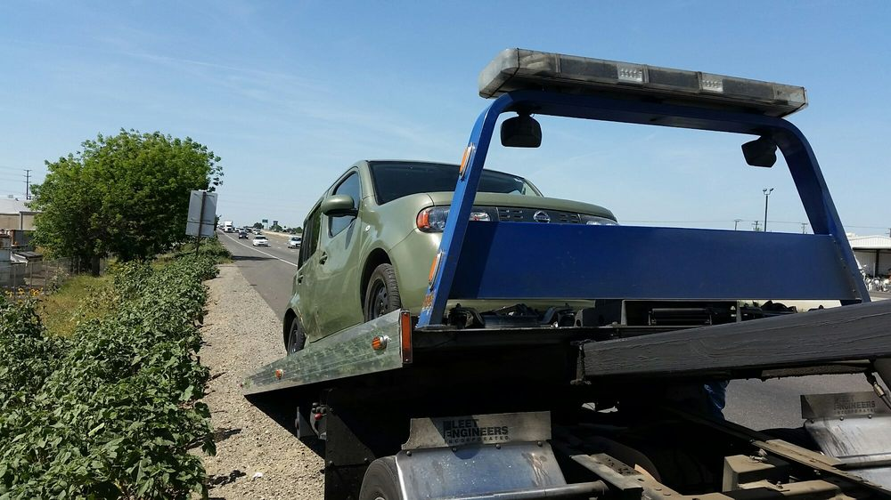 Towing business in Delhi, CA