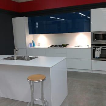 Lamiplast tiendas de muebles avenida de europa 6 pobles del sud valencia n mero de - Telefono registro bienes muebles madrid ...