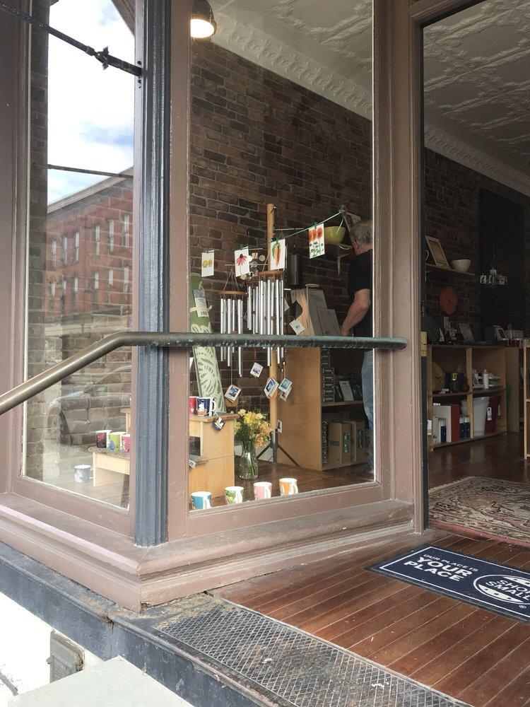 pookstyle: 2 Park Row, Chatham, NY