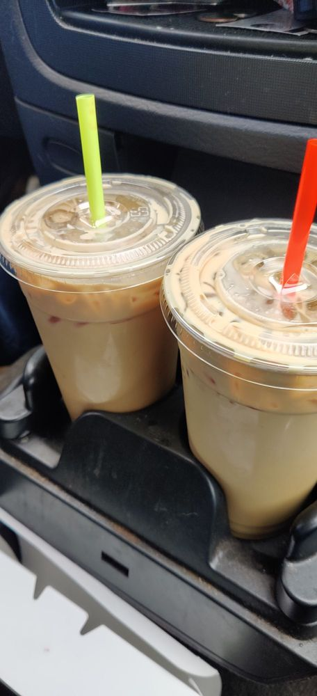 Sweet &  Sassy  Espresso: 394 E Forest-Napavine Rd, Chehalis, WA