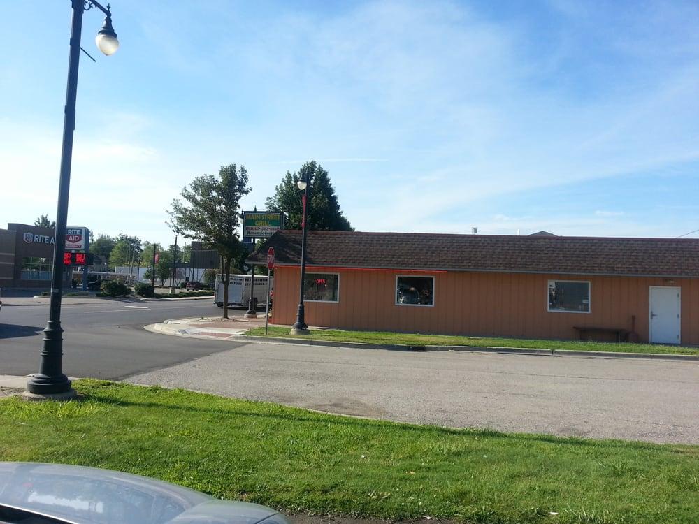 Main Street Grill: 2954 Main St, Marlette, MI