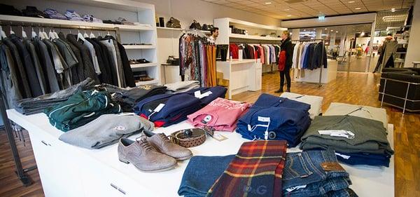 Modemani designer outlet men 39 s clothing fabriksv gen 9 for Last design outlet