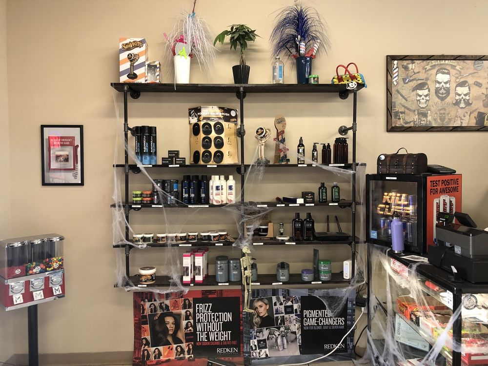 Bosque Barbershop: 4940 Corrales Rd, Corrales, NM