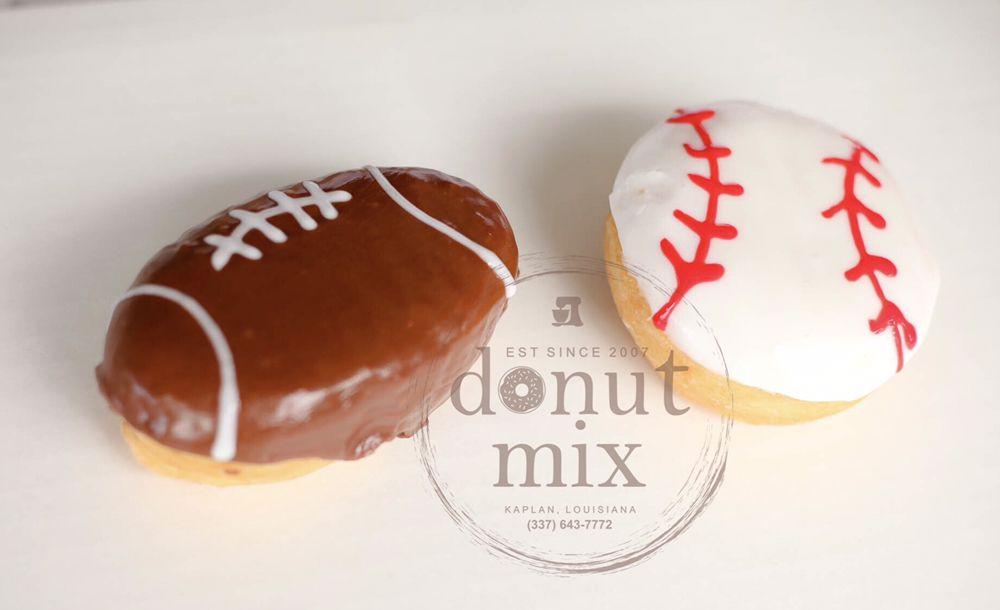 Donut Mix: 420 W Veterans Memorial Dr, Kaplan, LA