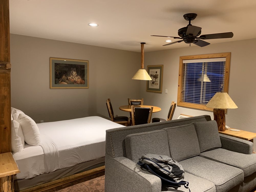 Red Wolf Lodge at Squaw Valley - Slideshow Image 2