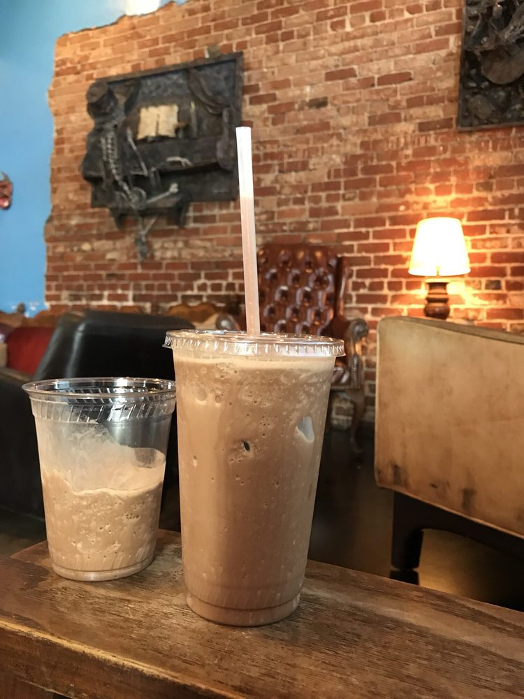 Viento y Agua Coffeehouse & Gallery
