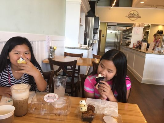 Alaina S Bake Shoppe Cafe 111 Photos 153 Reviews