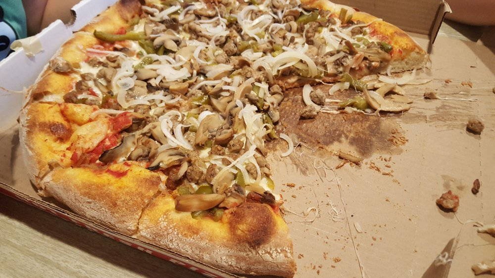 Scardino's Pizza To Go: 1627 N Hacienda Blvd, La Puente, CA