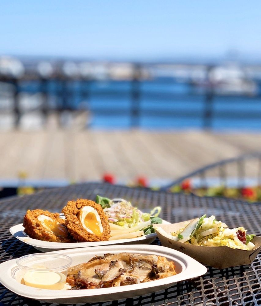 PigWizard: 32 Cannery Row, Monterey, CA