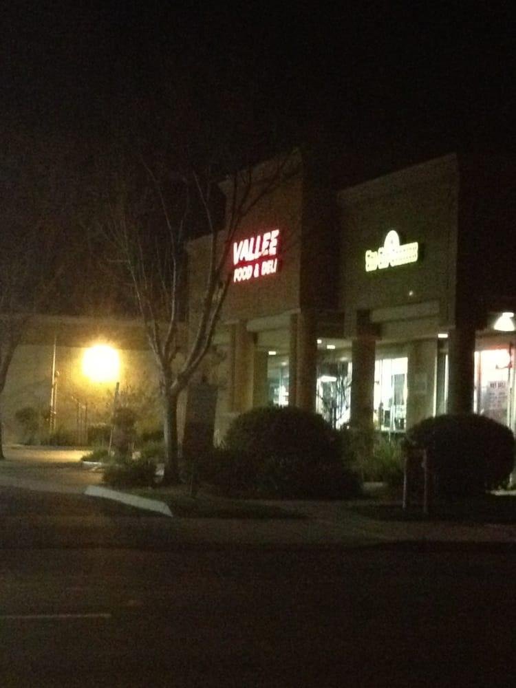 Vallee Food Store