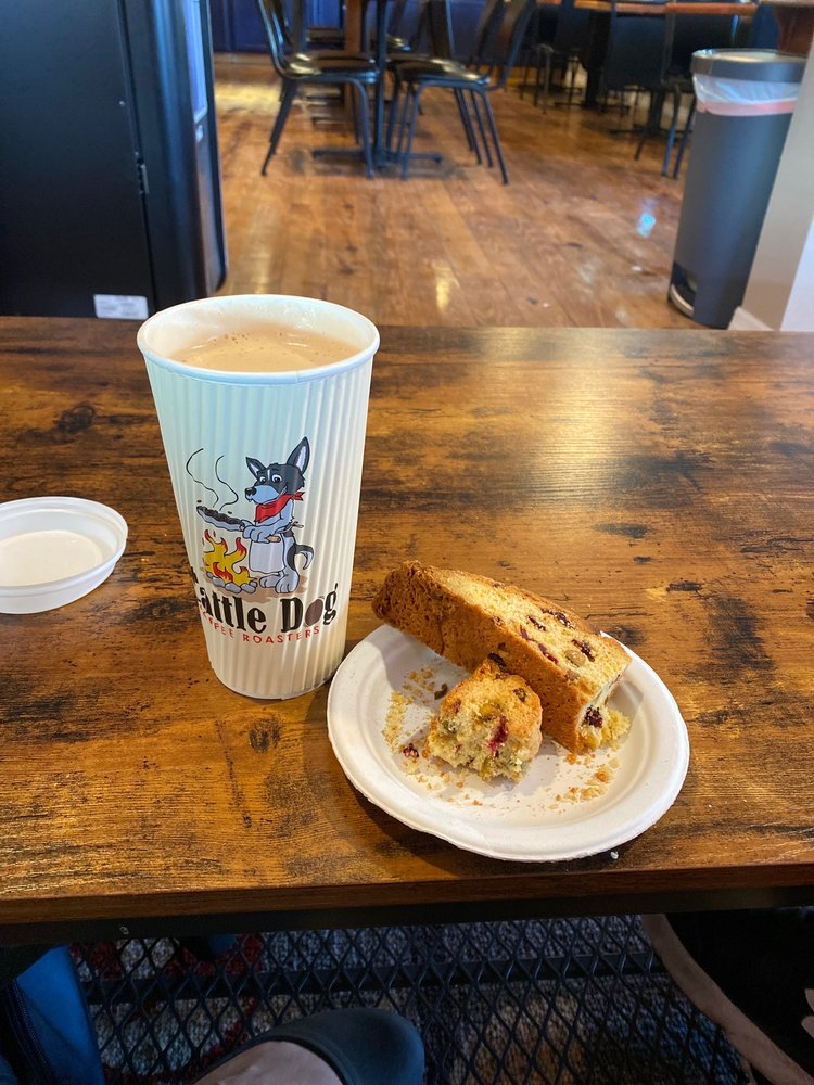 Cattle Dog Coffee Roasters: 638 N Citrus Ave, Crystal River, FL