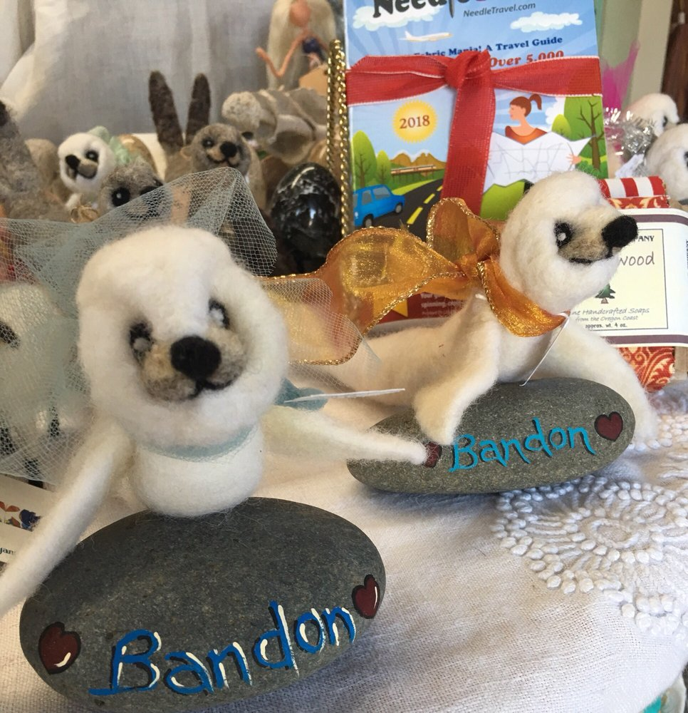 The Wool Company: 990 2nd St SE, Bandon, OR