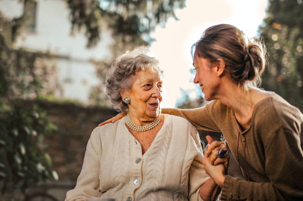 Elegance Senior Care: Calabasas, CA