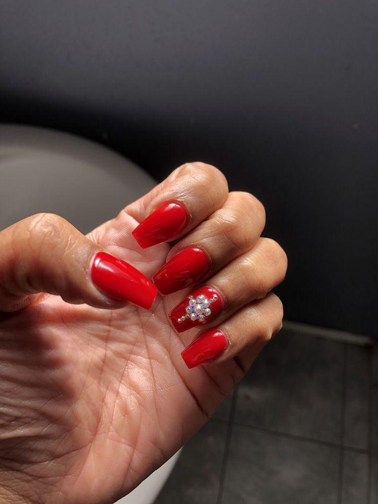 Diva Nails and Spa: 14219 Western Ave, Gardena, CA