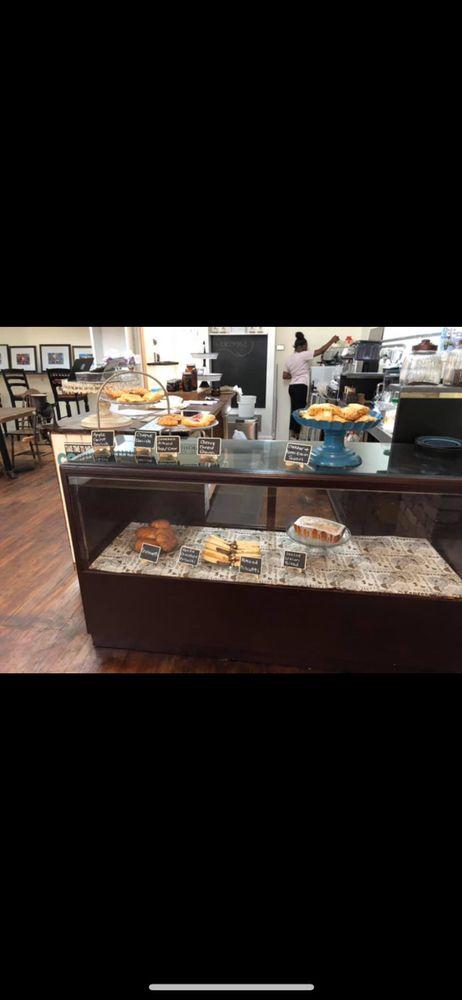 Mississippi Mo Joe Coffee: 215 Howard St, Greenwood, MS