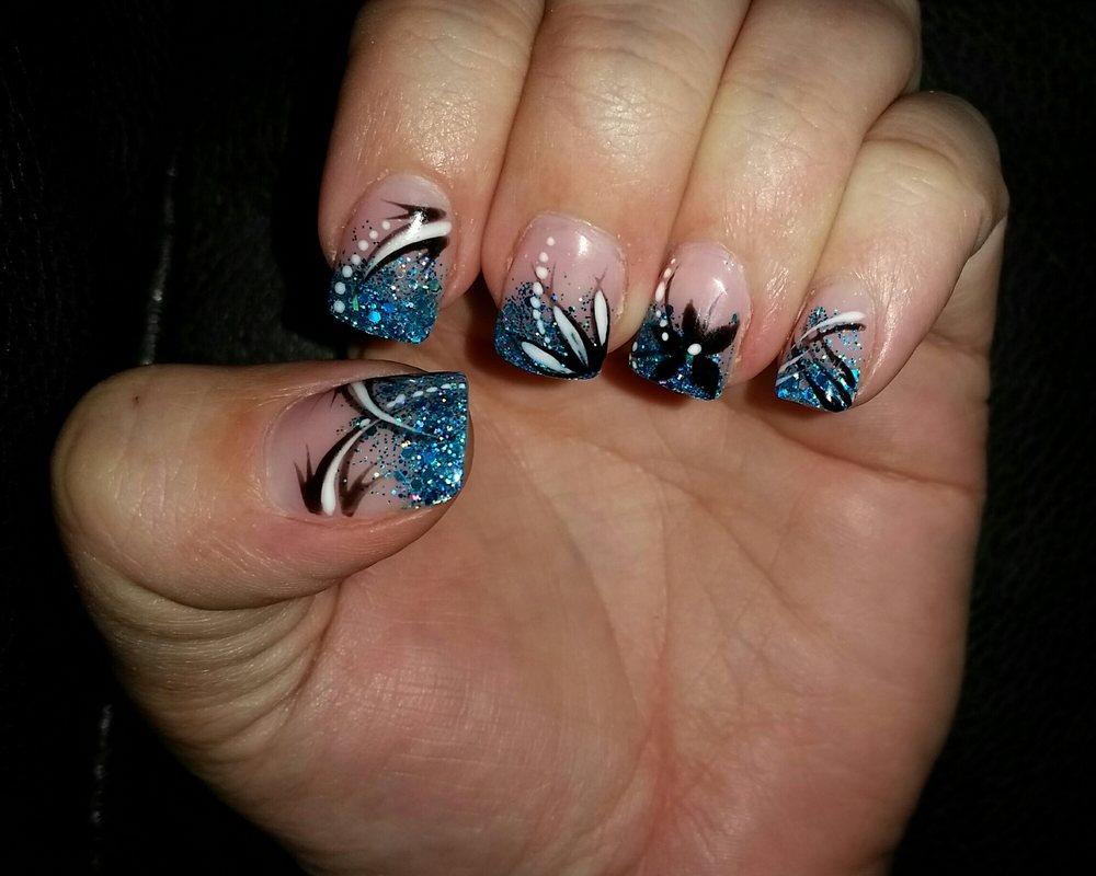 Top Art Nails
