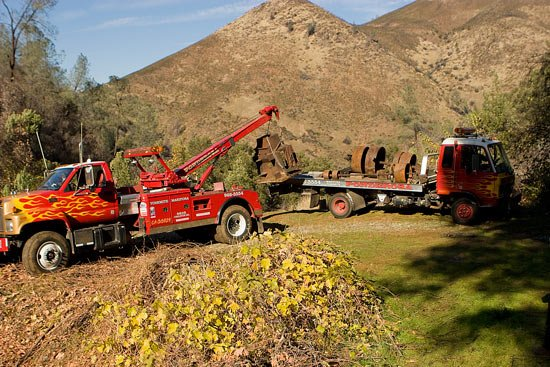 Ponderosa Towing and Transport: 4570 Ca-49, Mariposa, CA