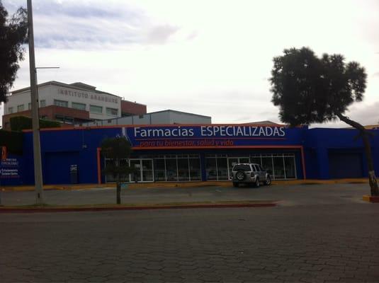 Farmacias Especializadas - Pharmacy - Paseo de los Héroes