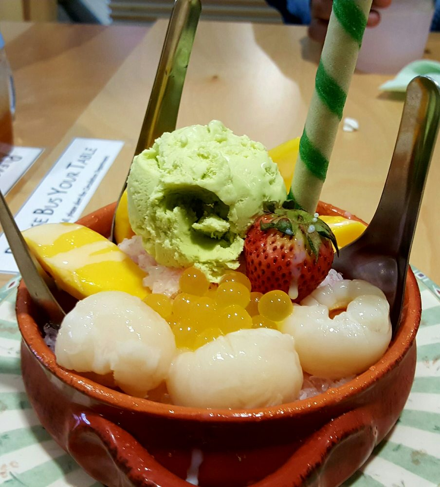 Shaved ice lychee syrups