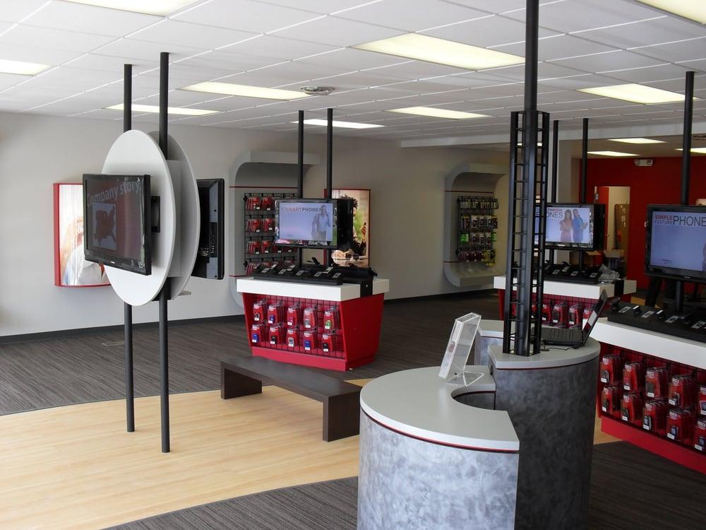 Verizon Authorized Retailer, TCC: 3078 East Ave, Central Square, NY