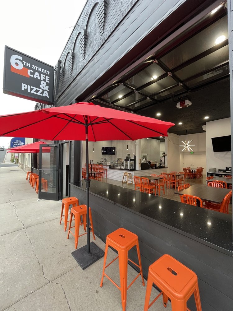 6th Street Cafe & Pizza: 508 6th St, Davenport, WA
