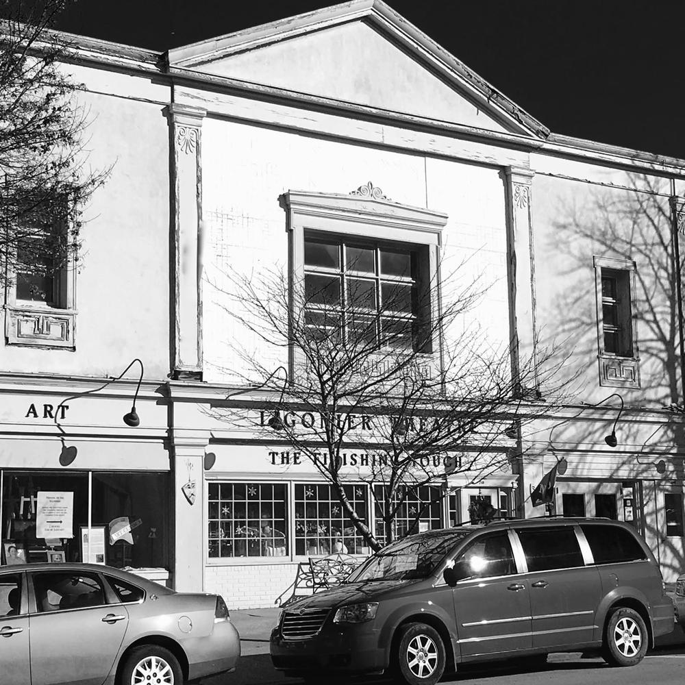 Diamond Theatre of Ligonier: 210 W Main St, Ligonier, PA