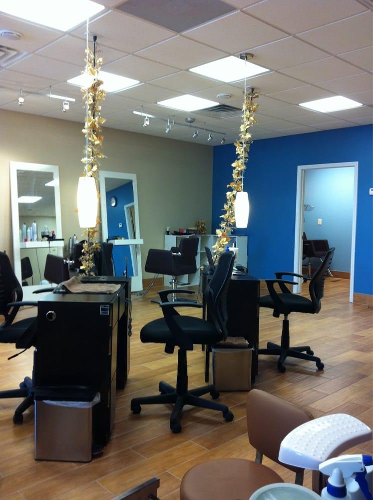Aristocat salon nail spa closed 10 photos 28 for Orleans salon
