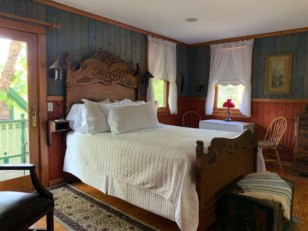Habberstad House Bed and Breakfast: 706 Fillmore Ave S, Lanesboro, MN