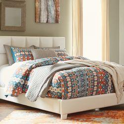 mattress furniture for less 66 photos 10 reviews mattresses 5744 mobud st san antonio. Black Bedroom Furniture Sets. Home Design Ideas