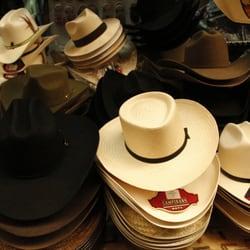 daaec21f2245d Sombreros de Oaxaca - Hats - puesto 143