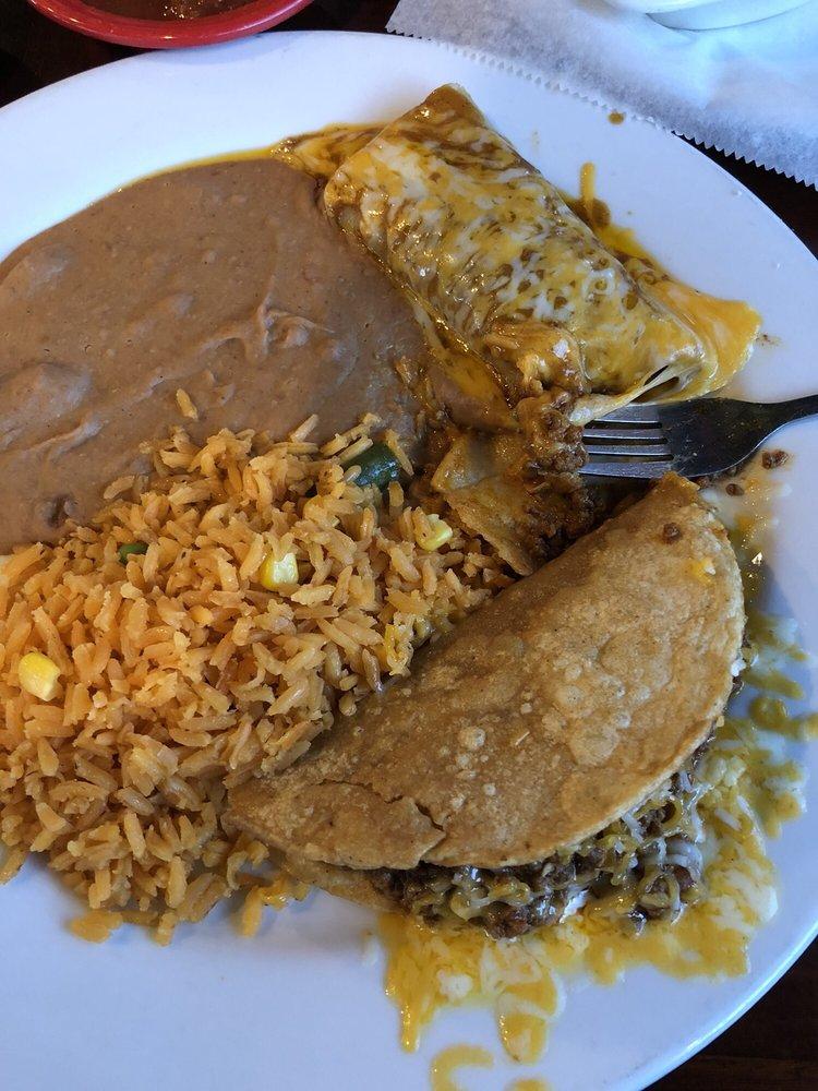 Mexicano Grille: 259 N Hewitt Dr, Hewitt, TX