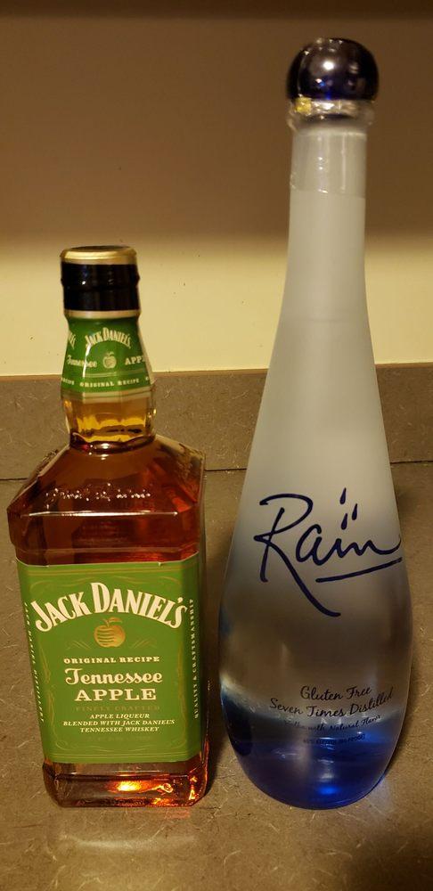 Jacksons Liquors: 1317 Highway 12 S, Ashland City, TN
