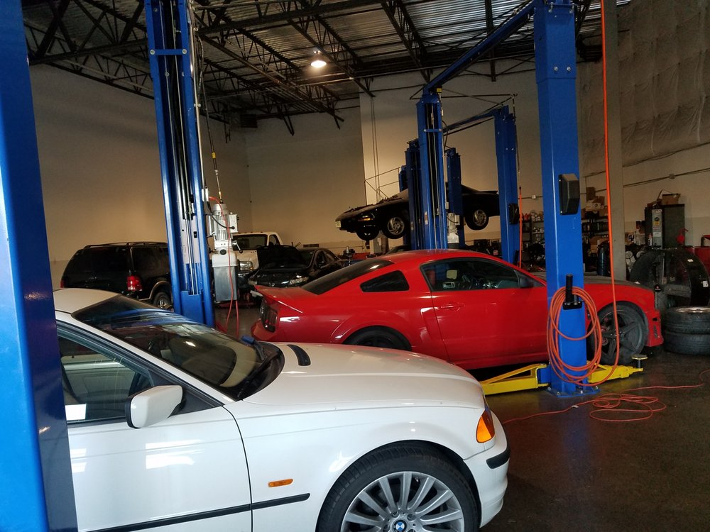 Marco's Auto Repair: 23585 Overland Dr, Sterling, VA