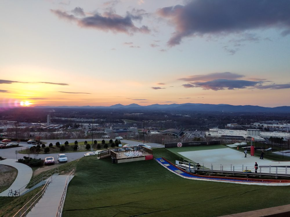 Liberty Mountain Snowflex Centre: 4000 Candlers Mountain Rd, Lynchburg, VA