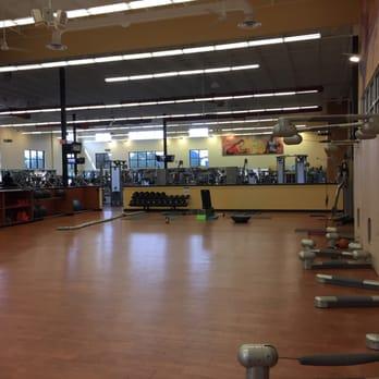 la fitness 32 photos 23 reviews gyms 3029 daniels rd horizons west west orlando
