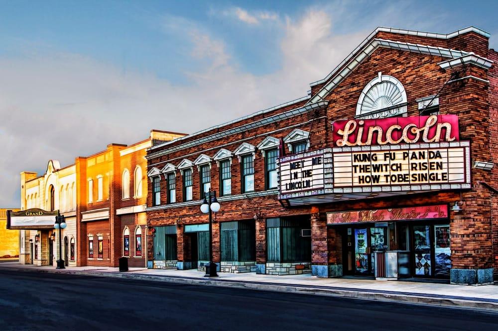 Lincoln Grand 8: 225 S Kickapoo St, Lincoln, IL