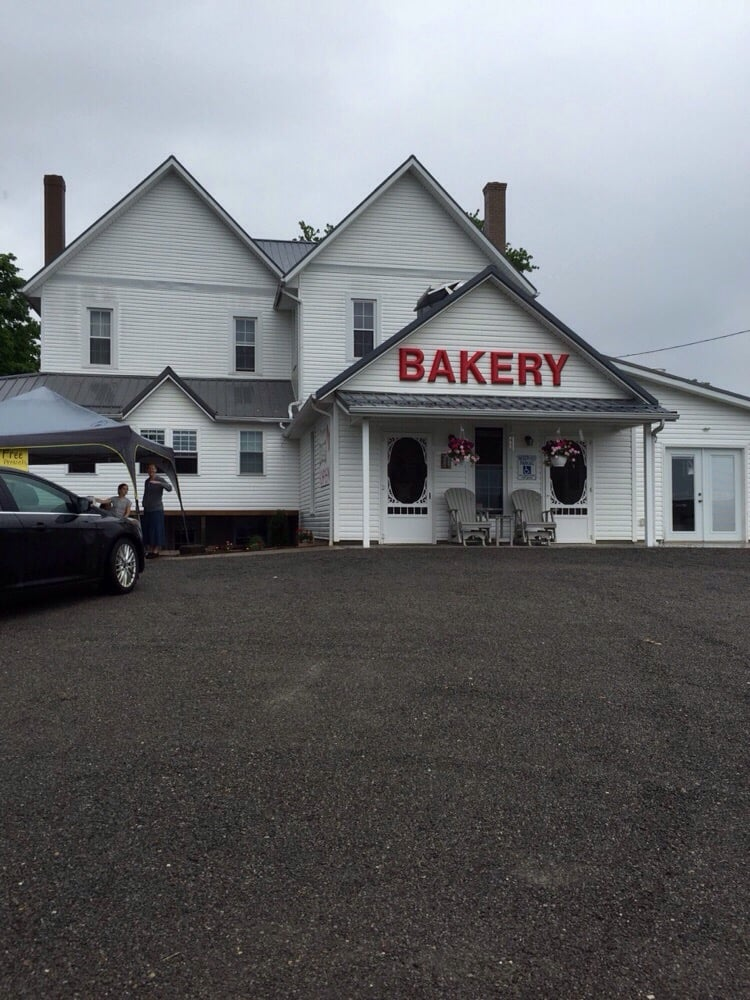 Troyer's Home Bakery: 28991 Mickley Rd, Danville, OH