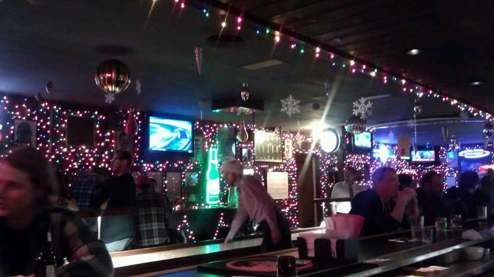 Subtle Use Of Christmas Lights.