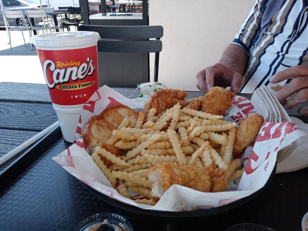 Raising Cane's Chicken Fingers: 1535 E 2nd St, Beaumont, CA